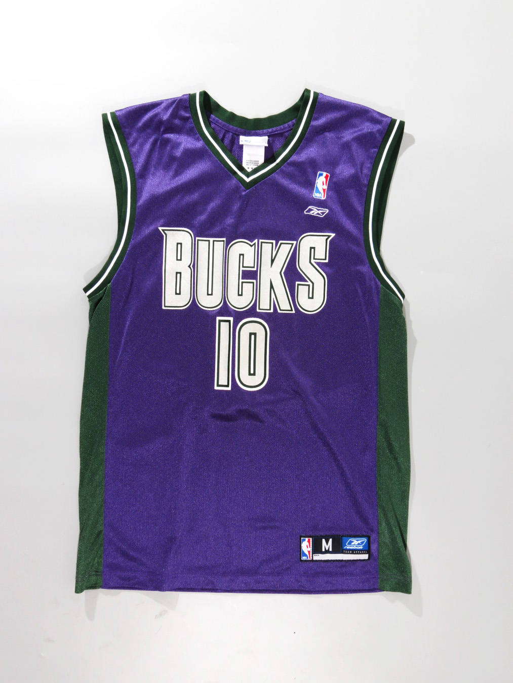 Milwaukee Bucks Sam Cassell Reebok Purple Jersey Medium - 5 Star Vintage 0949c4ac6